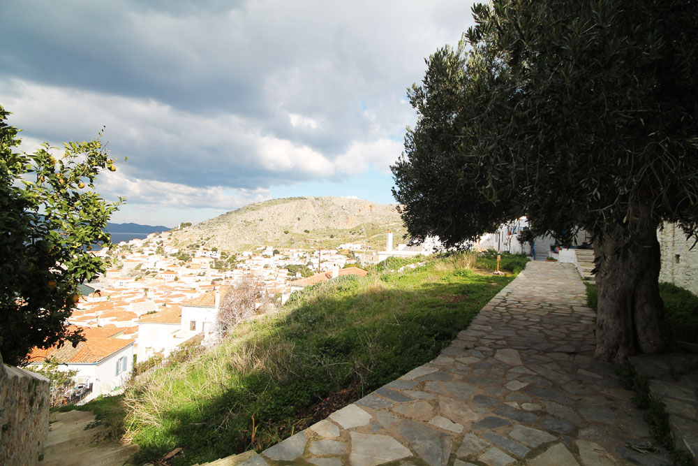 A building plot in the Kiafa region of Hydra town, with great views
